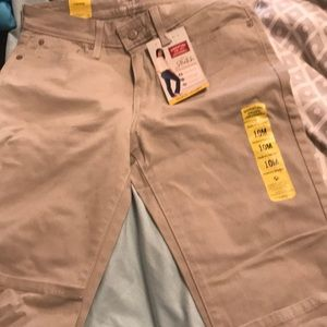 Levi Strauss pants Tan in color